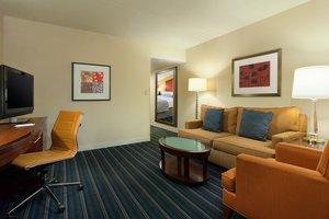 Suite - Crowne Plaza Hotel Fairfield