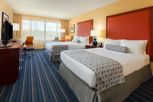 Room - Crowne Plaza Hotel Fairfield