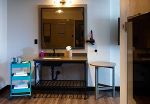 Room - Moxy Hotel by Marriott Downtown New Orleans