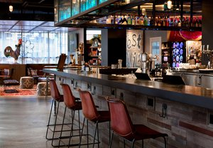 Bar - Moxy Hotel by Marriott Downtown New Orleans