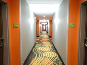 Lobby - Holiday Inn Covington