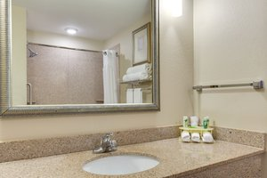- Holiday Inn Express Harvey