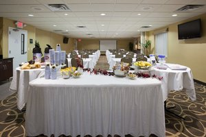 Meeting Facilities - Holiday Inn Express & Suites Rogers