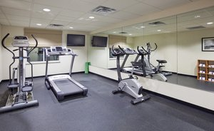 Fitness/ Exercise Room - Holiday Inn Express & Suites Rogers