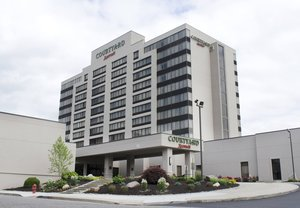 Exterior View Courtyard By Marriott Hotel Waterbury
