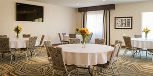 Meeting Facilities - Holiday Inn Express Le Claire