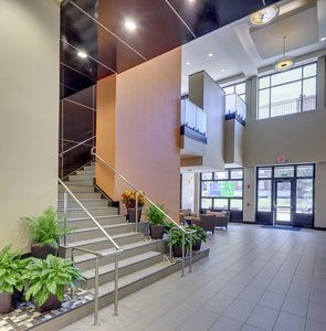 Lobby - Holiday Inn Express Hotel & Suites Medical Center