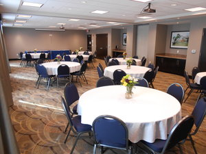 Meeting Facilities - Holiday Inn Express Hotel & Suites Medical Center