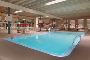 Pool - Park Inn by Radisson Uniontown