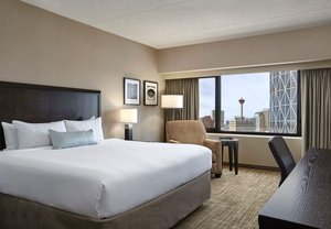 Room - Delta Hotel by Marriott Calgary Downtown