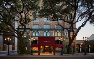 Exterior view - Pontchartrain Hotel New Orleans