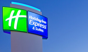 Exterior view - Holiday Inn Express Hotel & Suites North Waterville