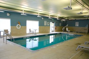 Pool - Holiday Inn Express Hotel & Suites Oswego