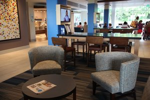 Lobby - Holiday Inn Express Hotel & Suites Oswego