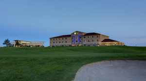 Golf - Holiday Inn Express Sioux Center