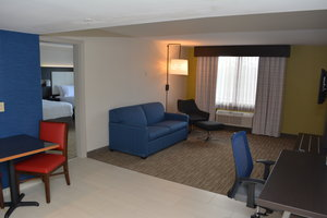 Suite - Holiday Inn Express Hotel & Suites North Waterville