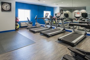 Fitness/ Exercise Room - Holiday Inn Express Hotel & Suites Burlington