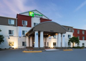 Exterior view - Holiday Inn Express Hotel & Suites Burlington