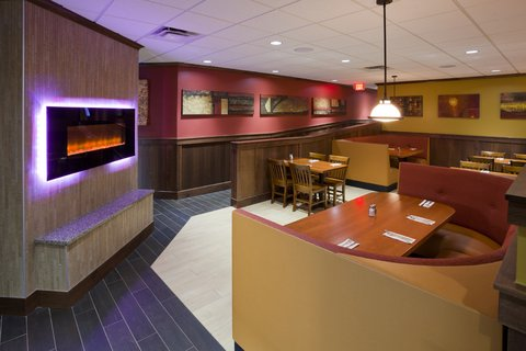 Green Mill Restaurant and Bar has food options to