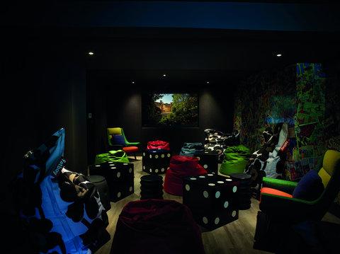 Foxhill Manor Media Room