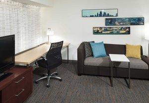 Room - Residence Inn by Marriott Overland Park