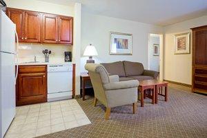 Suite - Staybridge Suites Cranbury