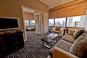 Suite - Bentley Hotel New York