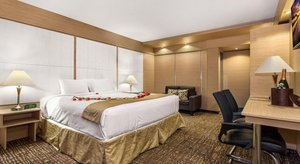 Room - Ocean Beach Palace Hotel Fort Lauderdale