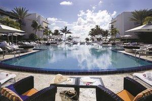 Pool - Ritz-Carlton Hotel South Beach Miami Beach
