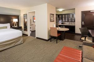 Room - Staybridge Suites West Omaha