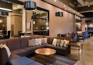 Lobby - Fairfield Inn & Suites Downtown New Orleans