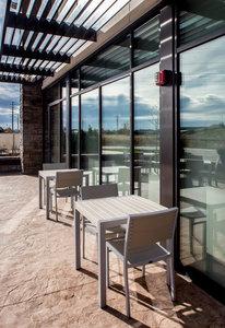holiday inn express hotel suites riverfront east peoria. Black Bedroom Furniture Sets. Home Design Ideas