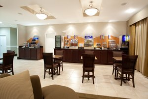 Restaurant - Holiday Inn Express Hotel & Suites Cut Off