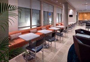 Restaurant - SpringHill Suites by Marriott Lafayette