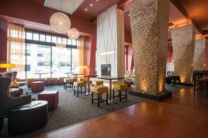 Bar - Magnolia Hotel Omaha