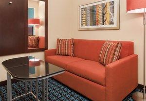 Room - Fairfield Inn by Marriott Airport Philadelphia