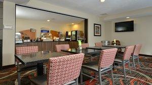 Restaurant - Holiday Inn Express Milford