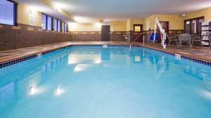 Pool - Holiday Inn Express Hotel & Suites Medical Center Rochester