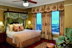Room - Ritz-Carlton Hotel New Orleans