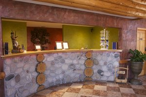 Lobby - Gateway Inn & Suites Salida
