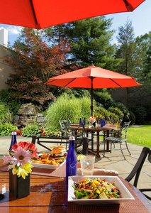 Bar - Holiday Inn Wilkes-Barre