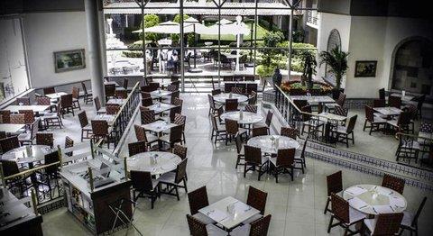 051925 Restaurant