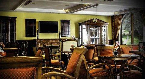051925 Bar/Lounge