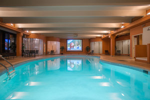 Pool - Winter Park Mountain Lodge
