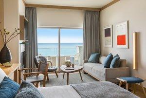 Room - Malibu Beach Inn