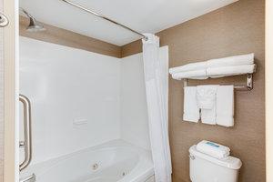 - Holiday Inn Express Hotel & Suites Bethlehem