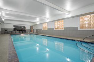 Pool - Holiday Inn Express Hotel & Suites Ames