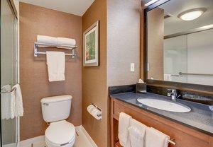 Room - Fairfield Inn by Marriott Woburn