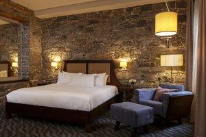 Room - Hotel Nelligan Montreal