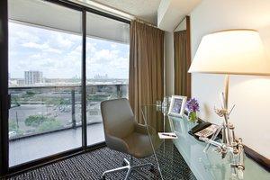 Room - Hotel Derek Houston
